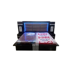 Designer Wooden Double Bed, Length: 6 feet