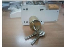 Totam Iron Shutter Door Locks, Packaging Size: 50 - 100