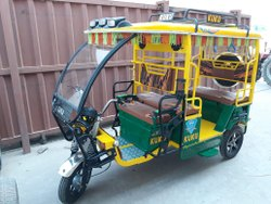 Kuku Green Delux Battery Operated Vehicle