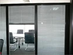 Metal Vertical Sandwich Glass Blinds