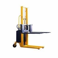 MS Material Handling Pallet Stacker