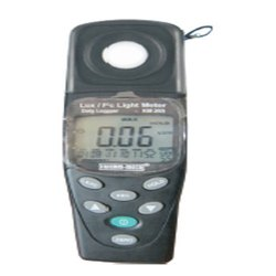 KM 203 Digital Lux Meter