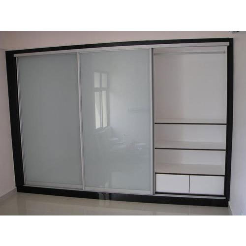 Aluminium Modular Kitchen At Rs 1100 Square Feet: Aluminum Dressing Room Wardrobes At Rs 250 /square Feet