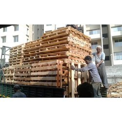 Rectangular 4 Way Wooden Pallets, Capacity: 40-50 Kg, for Shipping
