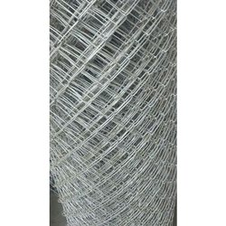 Silver Galvanized Iron GI Chain Link Mesh Fencing