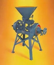 1a Grinding Mill, Capacity: 200 To 300 Kgs