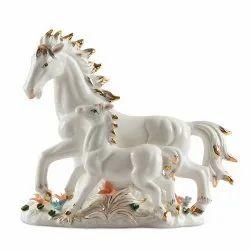 Ceramic White Horse Home Decor Showpiece, Packaging Type: Cardboard Box