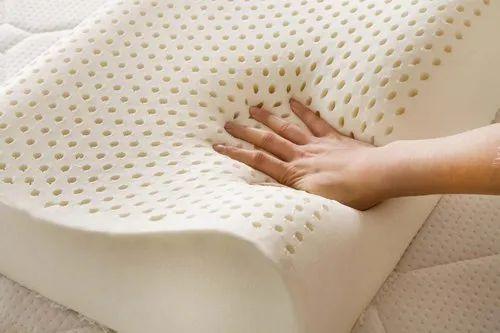 Indofrench Natural Pincore Latex Mattress And Pillows, प्राकृतिक लेटेक्स वाले गद्दे, नेचुरल लेटेक्स मैट्रेस - Sri Ganapathy Beds, Coimbatore | ID: 20787829748