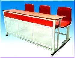 Partap Model Desk