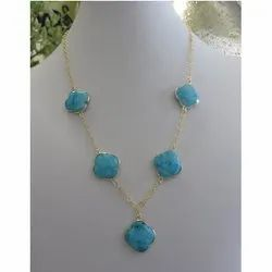 Turquoise Clover Shape Bezel Set Necklace