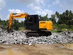 Hyundai R110 Hydraulic Excavator