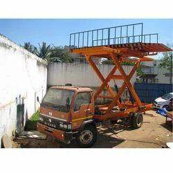 Hydro 4后卡车安装了汽车升降机