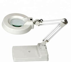 Magnifier with Light ( Table Top )-- Illuminated Magnifier - Magnascope