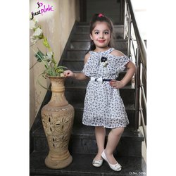Georgette Party Wear Kids Fancy Western Frock, 24-34