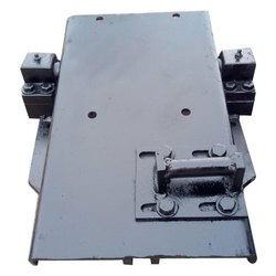 Mild Steel AC Compressor Mounting Brackets, Paint Coated