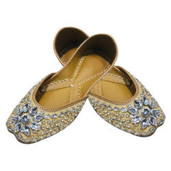 Ladies Golden Stone Work Jutti