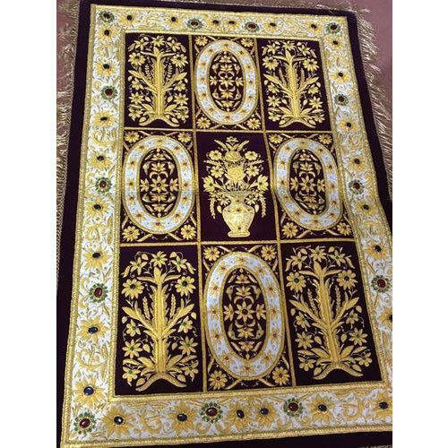 Hand Embroidery Jewel Carpet, Size: 2 X 3 Feet, 6 X 4 Feet