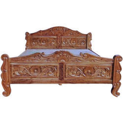 6 X 5 Feet Wooden Carved Bed