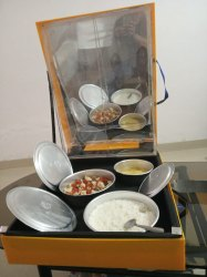 Rectangular Acrylic Solar Cooker Box Type, For Cooking, Capacity: 3 Jars