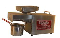SS Rajkumar Kitchen Model Oil Expeller