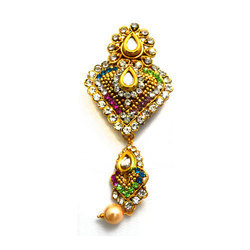 cd0bac8fb Vama Wedding Saree Brooch, Rs 40 /piece, Vama Creation | ID: 16620146448