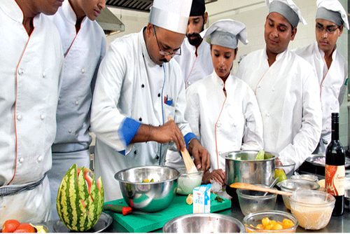 Bachelor Of Hotel Management Course In Patna Study Mba India Id