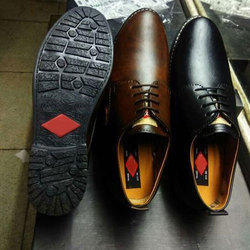 3ae188f9d9b Black And Tan Men Le Cooper Formal Shoes