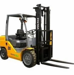 Cranes Forklift Rental, Lift Height: 2000 to 3000 MM, Rental Duration: Month