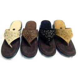 653ea49aa547 PVC And Canvas Doctor Slipper