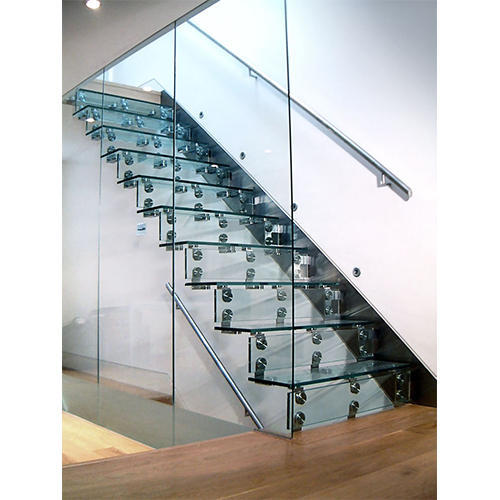 Cantilever Glass Staircase