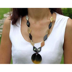 Fashion Horn Necklace