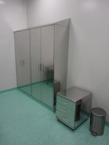 Ss Clean Room Furniture Ss Office Table Manufacturer