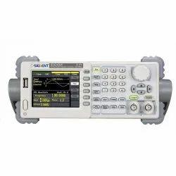 Siglent SDG1025 Arbitrary Waveform Generator (25 MHz)