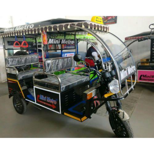 Mini Metro M1 Battery Operated E Rickshaw Charging Time 9 10 Hr