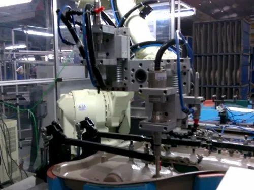 Ultrasonic Welding Robotic Automation