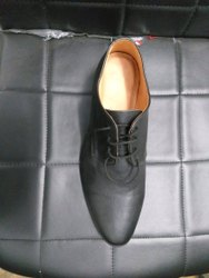 Men Black Pure Leather Lace Shoes, Size: 6-11