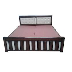 Eng Wood Brown Wooden Bed, Warranty: 2 Year, Size: 5x6.5 Feet