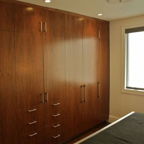 Bedroom Wooden Wardrobe At Rs 1550 /square Feet