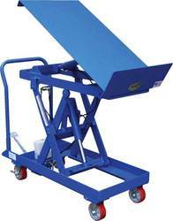 Lift with Tilt Table