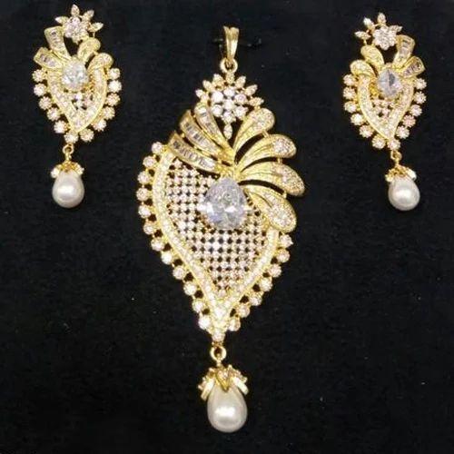 Designer Pendant Earring Set at Rs 499  piece  42e9d16e742e