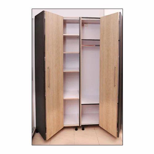 Delicieux Folding Door Wardrobe