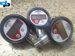 Winters Digital Pressure Gauge 0 to 400 Bar