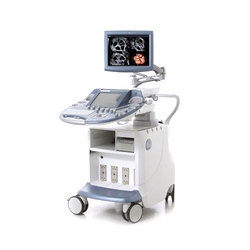 GE Voluson E8 BT13 Ultrasound Scanner