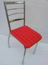 黑金属餐厅椅