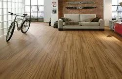 Natural Plain Laminate Wooden Flooring, Size/Dimension: 26 X 240 Cm, Thickness: 8-20 Mm