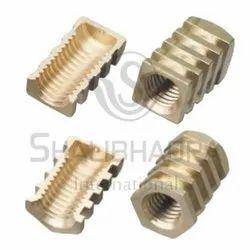 DBI-019 Brass Rotational Insert