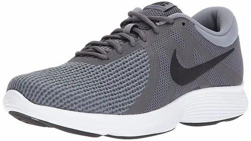 Crítica Kakadu Intacto  Nike Revolution 4 Sports Running Shoes at Rs 1800/pair | Nike Running Shoes  | ID: 20602236448