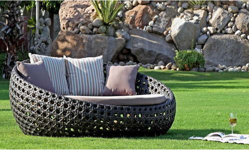 6ft Round Outdoor Rattan Bed