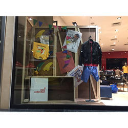Window Display Props Stand