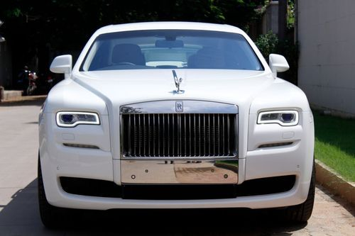 Rolls Royce Rental Price >> Presidential White Rent A Rolls Royce Ghost Car In Hyderabad Anyday